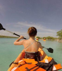 tour kayak en la laguna de bacalar quintana roo