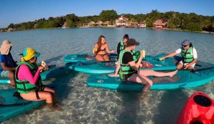 paddle board bacalar quintana roo